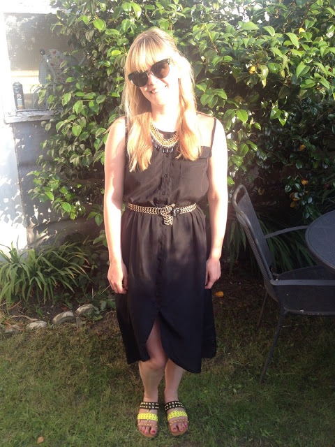 What I Wore Today: My Trusty Black Dress and New Huge Sunnies