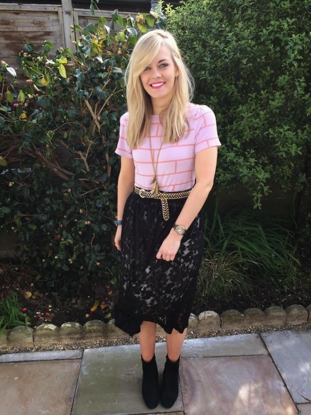 3-ways-to-wear-midi-skirt-pink-tee