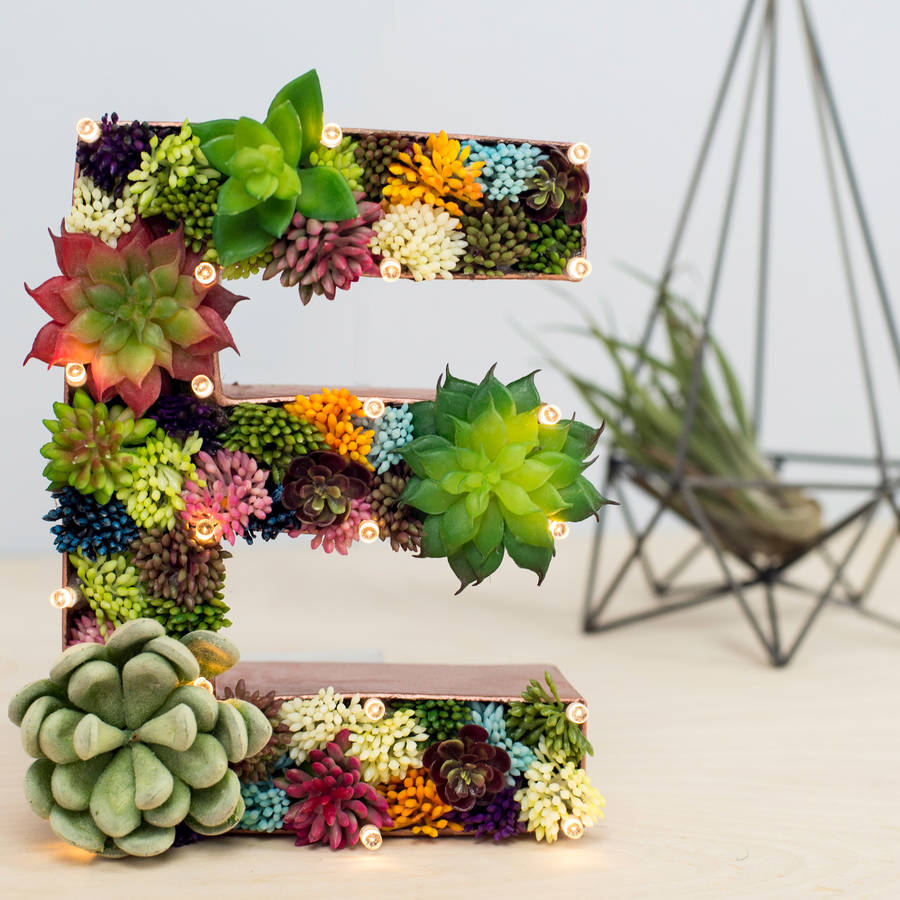 handmade-succulent-letter-light