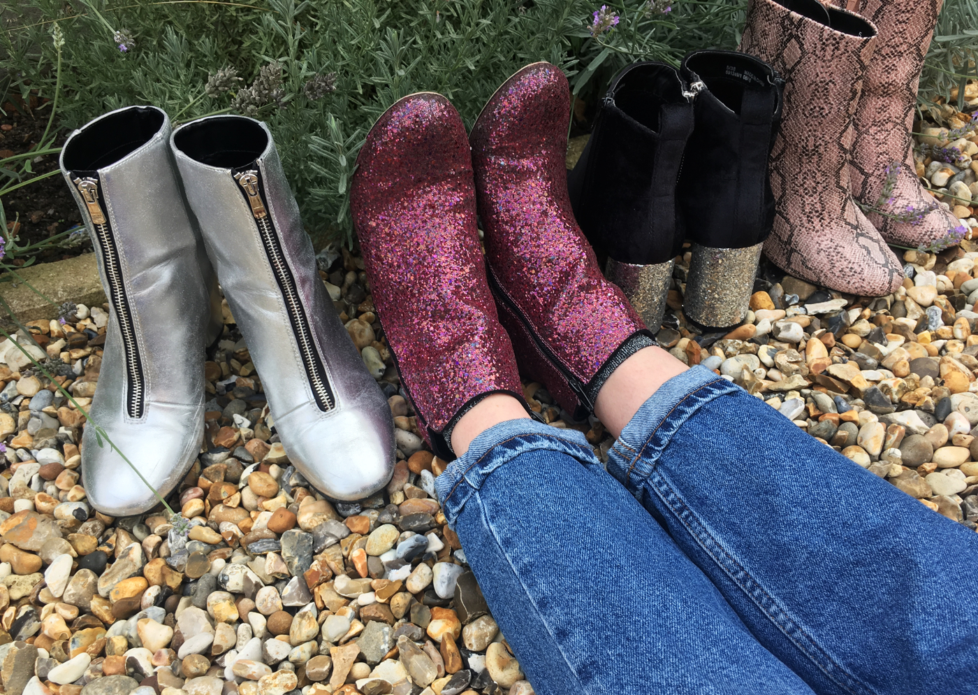 boots-red-glitter-denim